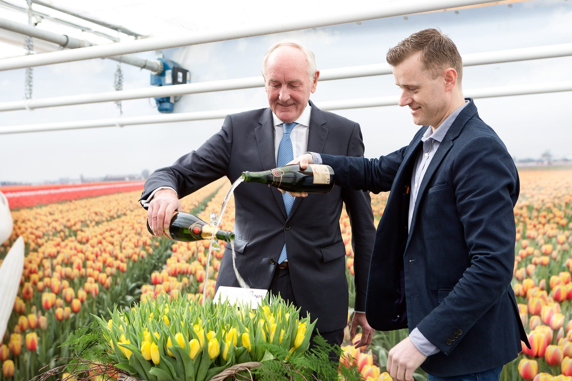 20170315 - Photo - Royal Commissioner Johan Remkes baptizes tulip Golden Dragon